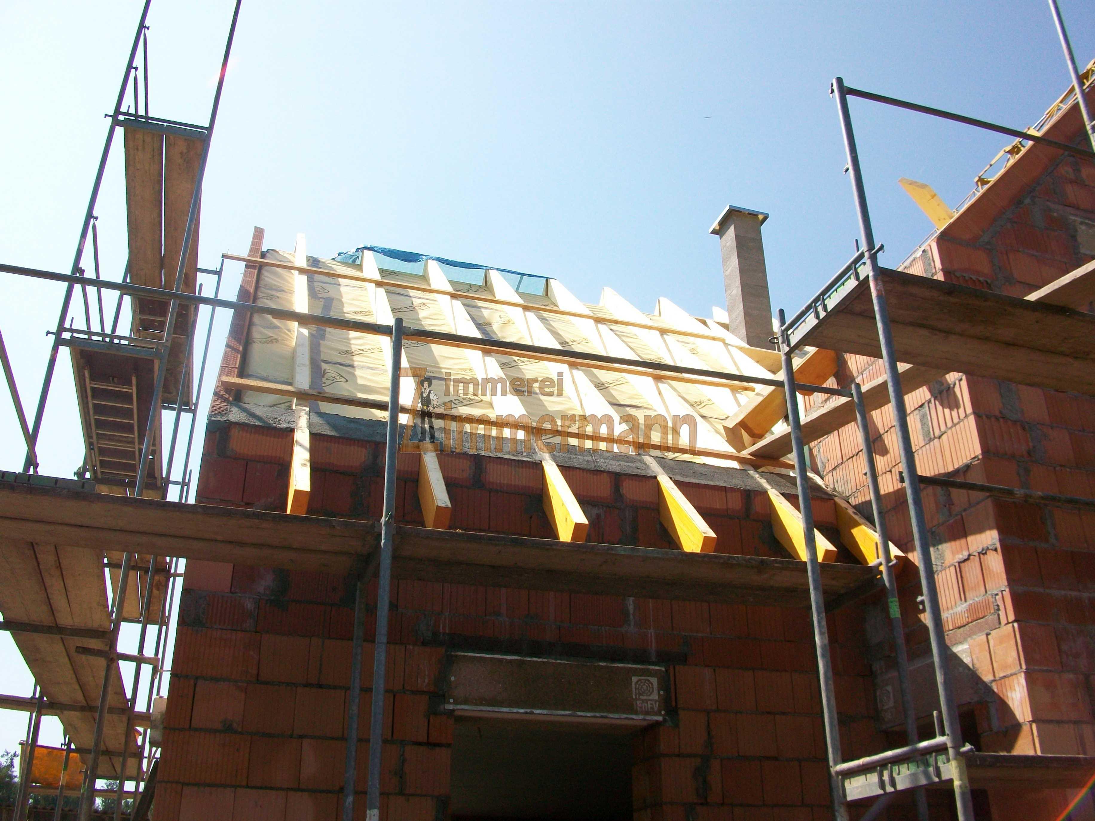 Doppelter Dachstuhl mit Aufdachdämmung